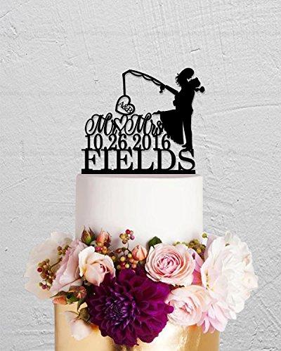 qidushop Tortenaufsatz mit Fischer-Initialen, Mr And Mrs, Haken auf Liebe, Nachname, personalisierbar, für Hochzeitstag, lustiges Hochzeitsgeschenk für das Paar