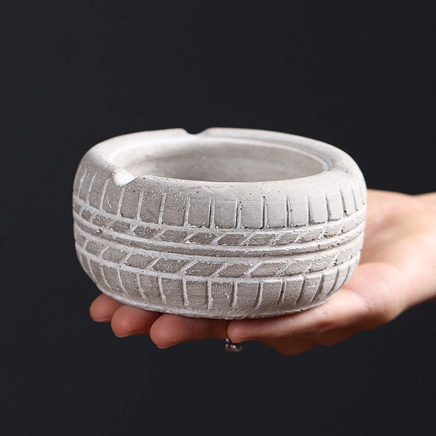 降雨公平な恨みレトロな灰皿のタイヤの形、パーソナライズされた創造的な灰皿のデスクトップの装飾品、から選択するさまざまな色 (Size : 白)