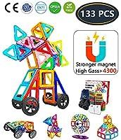 【Giocattoli divertenti】: giocattolo magnetico può avere molte forme, può essere combinato in molti modelli, come ruote Ferris , animali, case, veicoli, aerei ecc., Sviluppano l'immaginazione dei bambini, la creatività e la mente. Totale 133 pezzi, Fe...