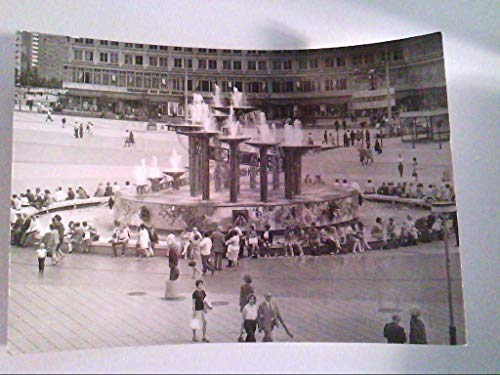 Berlin. Brunnen am Alexanderplatz. s/w. , Ansichtskarte