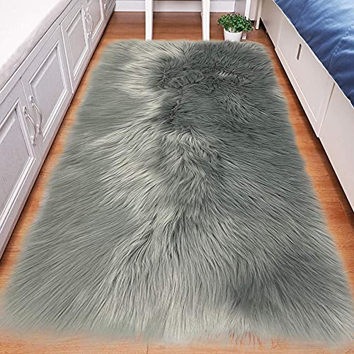 Artificial Alfombra Piel de Imitación Felpa Mullidas Alfombra de Antideslizante para el Dormitorio de la Sala Alfombras de Sofá Gris 23.6x35.4 Inch