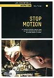 Stop motion, N°2 - Technique d'animation image par image qui crée le mouvement par des arrêts et des reprises répétés de la caméra