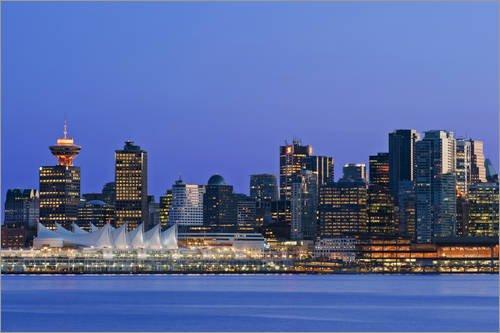 Posterlounge Acrylglasbild 100 x 70 cm: Vancouver Skyline bei Nacht von Rob Tilley/Danita Delimont - Wandbild, Acryl Glasbild, Druck auf Acryl Glas Bild