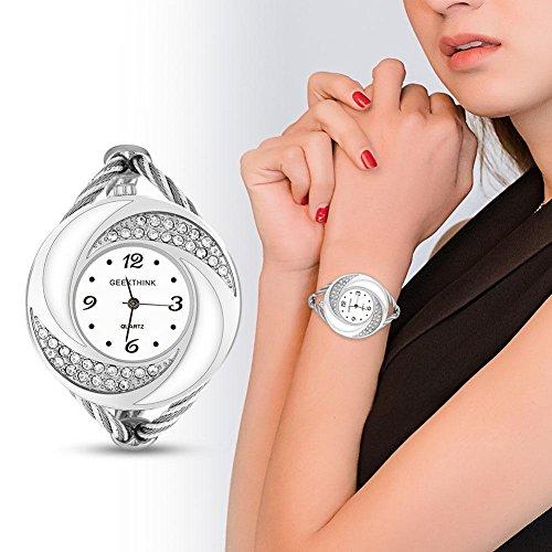 Reloj analógico de cuarzo para mujer con estrás y brazalete abierto, caja de aleación con motivo de remolino