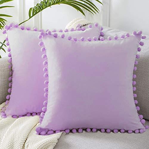 Angel's Pride Juego de 2 cojines de terciopelo con pompones monocromáticos fundas de cojín decorativo, funda de almohada para sofá, dormitorio, oficina, coche, 45 x 45 cm (lila)