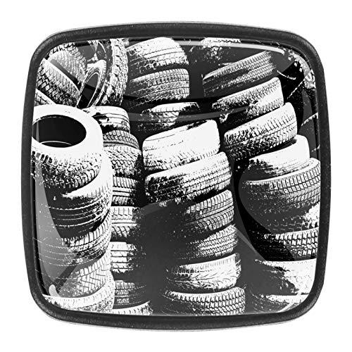 Grunge - Juego de 4 pomos de puerta con patrón de neumáticos, color negro