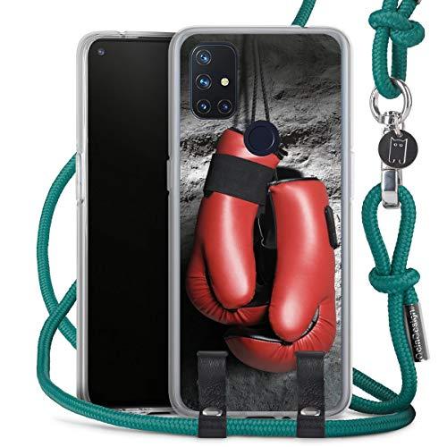 DeinDesign Carry Case kompatibel mit OnePlus N10 5G Hülle mit Kordel aus Stoff Handykette zum Umhängen türkis Boxen Boxhandschuhe Sport