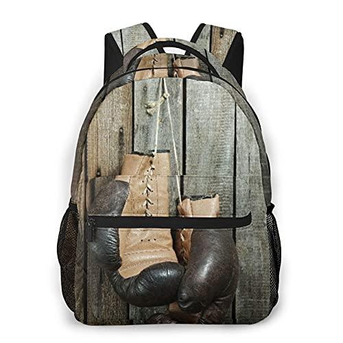Alvaradod Mochila para portátil de viaje,guantes de boxeo viejos marrones con un cordón sobre una pared de madera vieja,mochila antirrobo resistente al agua para empresas,delgada y duradera