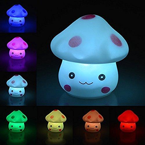 Ifly Online fungo creative 7 colori LED notte luce gradiente con batteria a bottone festa di Natale Decor