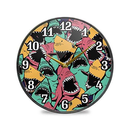 TropicalLife Reloj de pared redondo BGIFT con diseño de tiburón marino colorido de 9.5 pulgadas, silencioso, no hace tictac, funciona con pilas, silencioso, fácil de leer, para dormitorio, sala de es