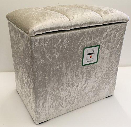 Kleine linnenbox met afneembaar deksel in kristal-look van hoogwaardige ivoorkleurige stof, ideaal voor elke ruimte in huis.