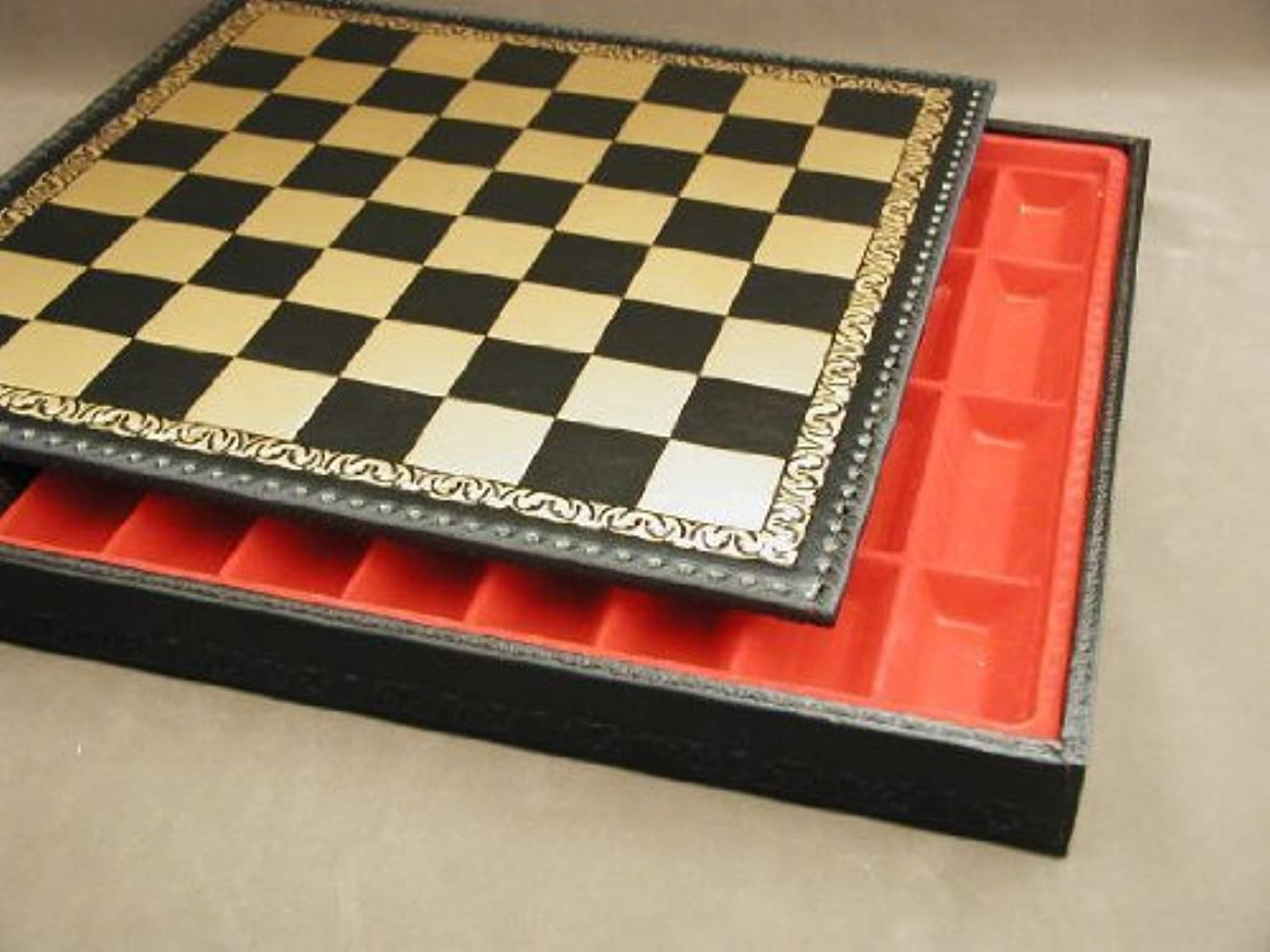 Ital Fama 221GN Pressed Leather Chess Board and Chest by Ital Fama