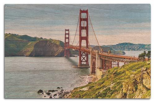 Lantern Press San Francisco, California - Golden Gate Bridge 9025454 (10x15 Wood Wall Sign, Wall Decor Ready to Hang)