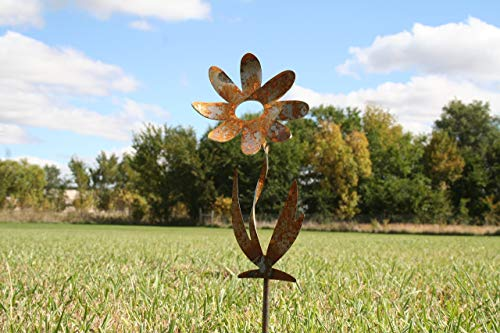 Twisted Metal Flower Stake - 9.5 Inch Tall Daisy