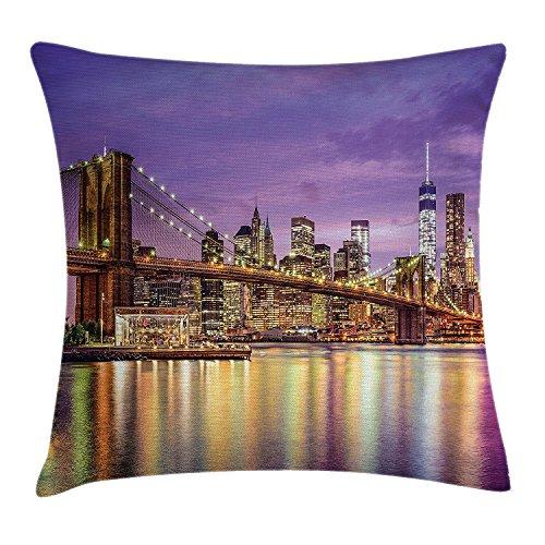 Funda de cojín de Nueva York, exquisita impresión de Skyline Manhattan Broadway Old Neighborhood Tourist Country de Manhattan, cuadrada decorativa, 45,7 x 45,7 cm, color morado dorado
