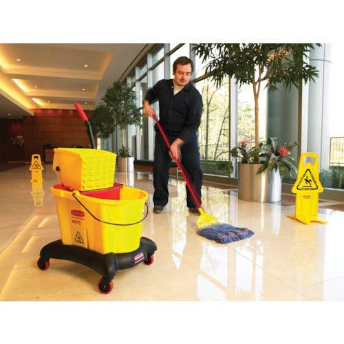 Rubbermaid Commercial Gripper 60 Inch Fiberglass Wet Mop Handle, Gray (FGH24600GY00)