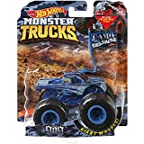 Monster Truck HOT Wheels 1:64 Scale, The 909 1/5 CAMO Crashers Includes Flag