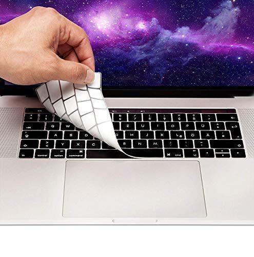 """MyGadget Tastaturschutz QWERTZ für Apple MacBook Air 13 (ab 2018) Pro 13\"""" & 15 Zoll Touchbar (ab 2016) - Silikon Hülle für deutsche Tastatur - Silikonschutz in Schwarz"""