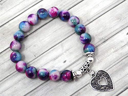 Pulsera de perlas de jade para mujer teñida en púrpura azul y blanco con colgante de filigrana en forma de corazón.