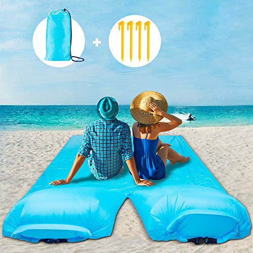 Stranddecke mit 2 Luftkissen, Picknickdecke Extra Groß 270 x 140 cm, wasserdichte Sanddichte Campingdecke mit 4 Befestigung Ecken, Perfekt für den Strand, Campen, Wandern und Ausflüge
