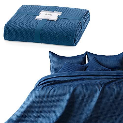 AmeliaHome Tagesdecke 240x260 cm dunkelblau Bettüberwurf zweiseitig Prägung Matt Satin Carmen