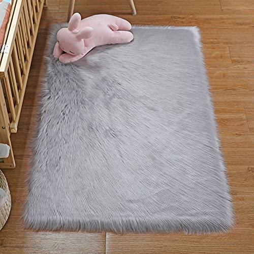 DAOXU Faux Peau de Mouton Imitation Toison Moquette Peau Dagneau Tapis Fluffy Soft Longhair Décoratif Coussin de Chaise Canapé Natte (Gris, 75x120cm)