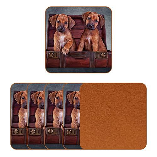 Posavasos de cuero para bebidas Teo cachorros en una caja de madera vintage impresa cuadrada taza almohadilla para proteger muebles, resistente al calor, decoración de bar de cocina, juego de 6