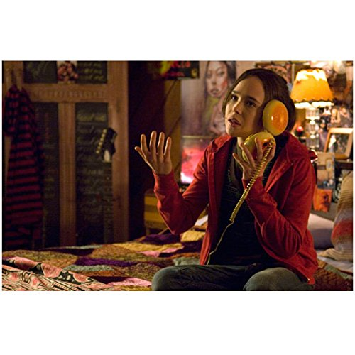 Juno 8 inch x 10 inch PHOTOGRAPH Ellen Page Sitting on Bed Using Hamburger Phone kn