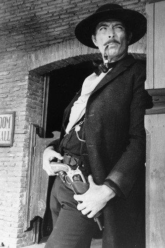 Lee Van Cleef in Il buono, il brutto, il cattivo, The Good, The Bad and The U...