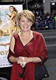 Posterazzi Poster Print Wendy Orr at Arrivals for Premiere of Nim'S Island Grauman'S Chinese Theatre Los Angeles Ca March 30 2008. Photo by Michael GermanaEverett Collection Celebrity (16 x 20)