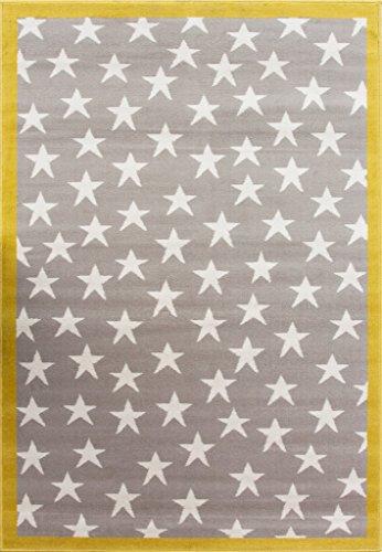 Alfombra amarilla y gris infantil con diseño de estrellas