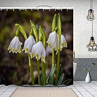 シャワーカーテン白い春のスノーフレークの花のクローズアップショット 防水 目隠し 速乾 高級 ポリエステル生地 遮像 浴室 バスカーテン お風呂カーテン 間仕切りリング付のシャワーカーテン 180 x 180cm