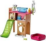 Barbie Mobilier Coffret Toilettage du Chien avec meuble, toboggan pour figurine et accessoires de lavage, jouet pour enfant, DVX50