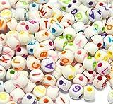 Perlin D86 - Cuentas de plástico con diseño de letras, redondas, 7 mm, 150 unidades, color blanco y letras multicolor...