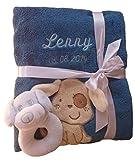 Babydecke mit Namen bestickt + Babysocken Babyrassel Greifling Baby Geschenk Geburt Taufe (petrol Hund)