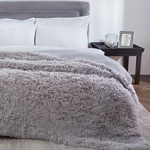 Sleepdown Manta de Forro Polar de Pelo sintético de Lujo, Color Gris Plateado, Supersuave, cálida, acogedora, 150 x 200 cm, poliéster, 150 x 200 cm