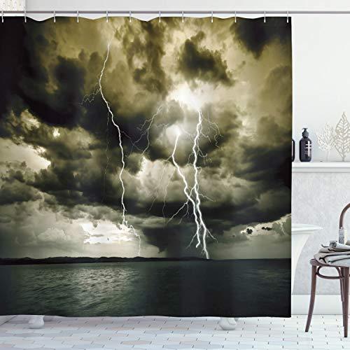 Ambesonne Lake House Decor-Kollektion, Majestätischer Regenwolke mit einem Gewitter über dem Ozean Flash Sea Dramatische Landschaft, Polyester-Stoff, Badezimmer-Duschvorhang-Set mit Haken, grau-blau
