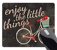 ヴィンテージデザインポジティブインスピレーション引用ゲーミングマウスパッド、ささいなことをお楽しみくださいレトロ自転車素朴な苦しめられたウッドルックアート