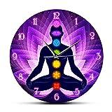 壁掛け時計モダンな瞑想中の人間ロータスポーズモダンな壁掛け時計仙骨蓮の花の背景ヨガの図静かなカチカチ音を立てる壁掛け時計子供部屋に最適リビングルーム