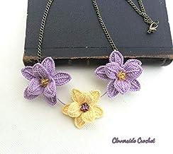 collar romantico con flores en ganchillo