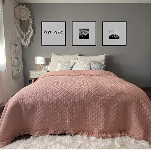 HOMELEVEL Tagesdecke Bett und Sofaüberwurf 240cm x 220cm Bettüberwurf Sofa Tages Decken Betthusse XXL Decke Überwurf Altrose Rüschen