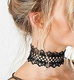 Yheakne Collier ras du cou en dentelle gothique Collier large en dentelle à chaîne ras du cou noir Collier avec clavicule en dentelle festonnée simple pour femmes et filles (noir)