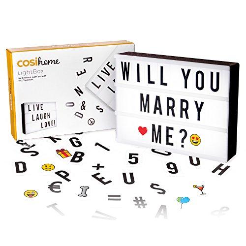 Cosi Home ™ - Caja de luz LED en formato A4 con letras, Emoji, emoticonos y símbolos para mensajes personalizados. Alimentado por batería y USB