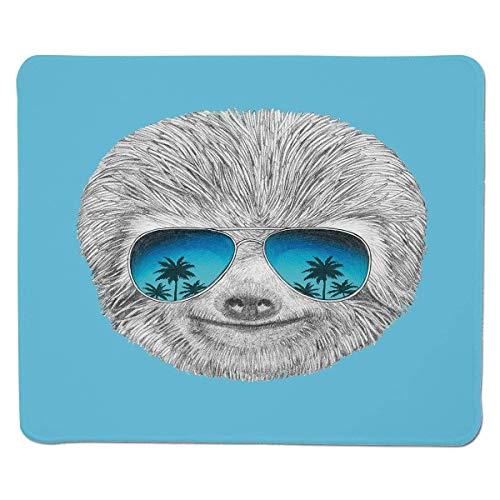 Mousepad Trägheit, Porträt der Trägheit mit Spiegel-Sonnenbrille Exotischer Palme-hawaiischer Strand-Hippie, genähte Rand-Nicht Beleg-Gummi