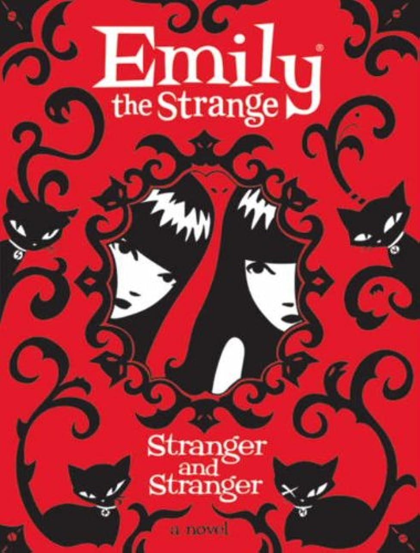 読書をする横たわる集計Emily the Strange: Stranger and Stranger (English Edition)