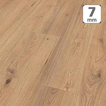 Foto di Pavimento in Laminato Kronotex a Incastro, Scatola da 2,390 m²/AC3, Spessore 7mm. Rovere Millennium