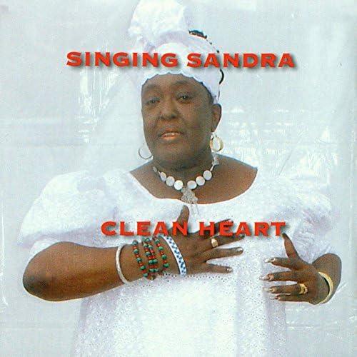Singing Sandra