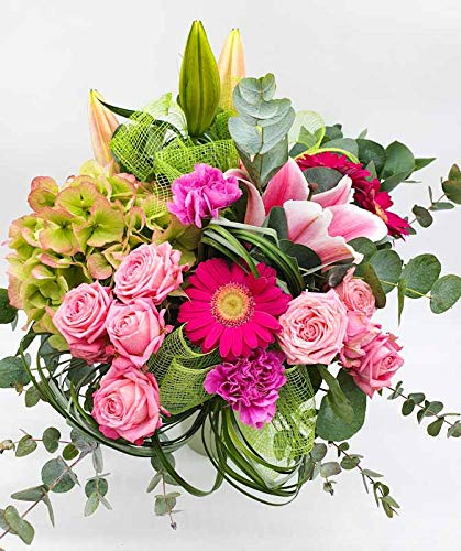 bouquet romantique de fleurs fraîches vert et rose