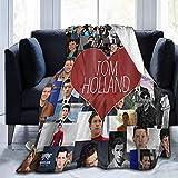 Tom-Holland Couverture polaire ultra douce en flanelle pour chambre à coucher, salon, canapé 127 x 101 cm