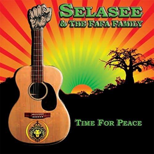 Selasee & The Fafa Family